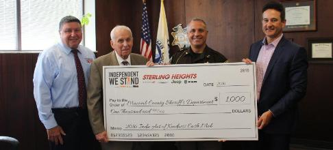 Sterling Heights Dodge >> Macomb County Sheriff S Department Receives Donation From Sterling